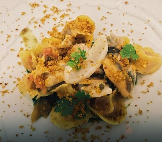 Tortelli ripieni di pappa al pomodoro ai frutti di mare e pangrattato croccante - ristorante St. George Taormina - Marco Musso blog